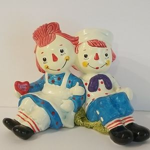 1971 Vintage Raggedy Ann and Raggedy Andy Bank